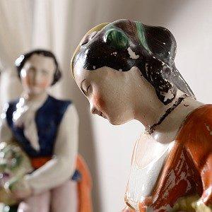 Frauenfigur: Schlossmuseum Jever.